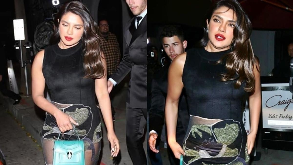 Did Priyanka Chopra's Rs 5.2 Lakh handbag prevent an awkward wardrobe malfunction?