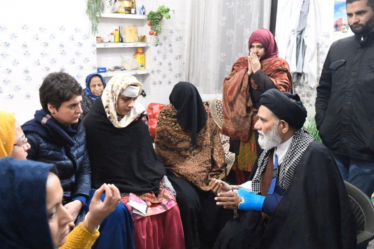 Priyanka Gandhi meets Maulana Asad Hussaini who was allegedly thrashed by UP police