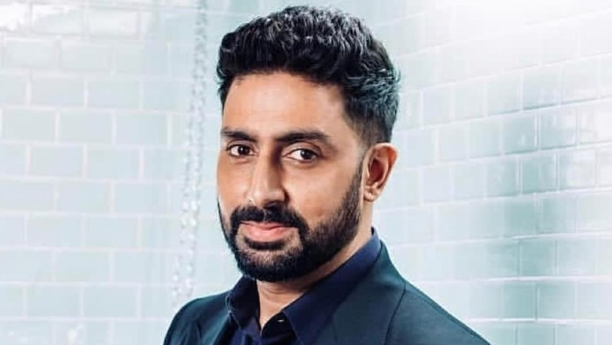 Abhishek Bachchan tests COVID-19 negative, discharged from hospital; Big B says God is great