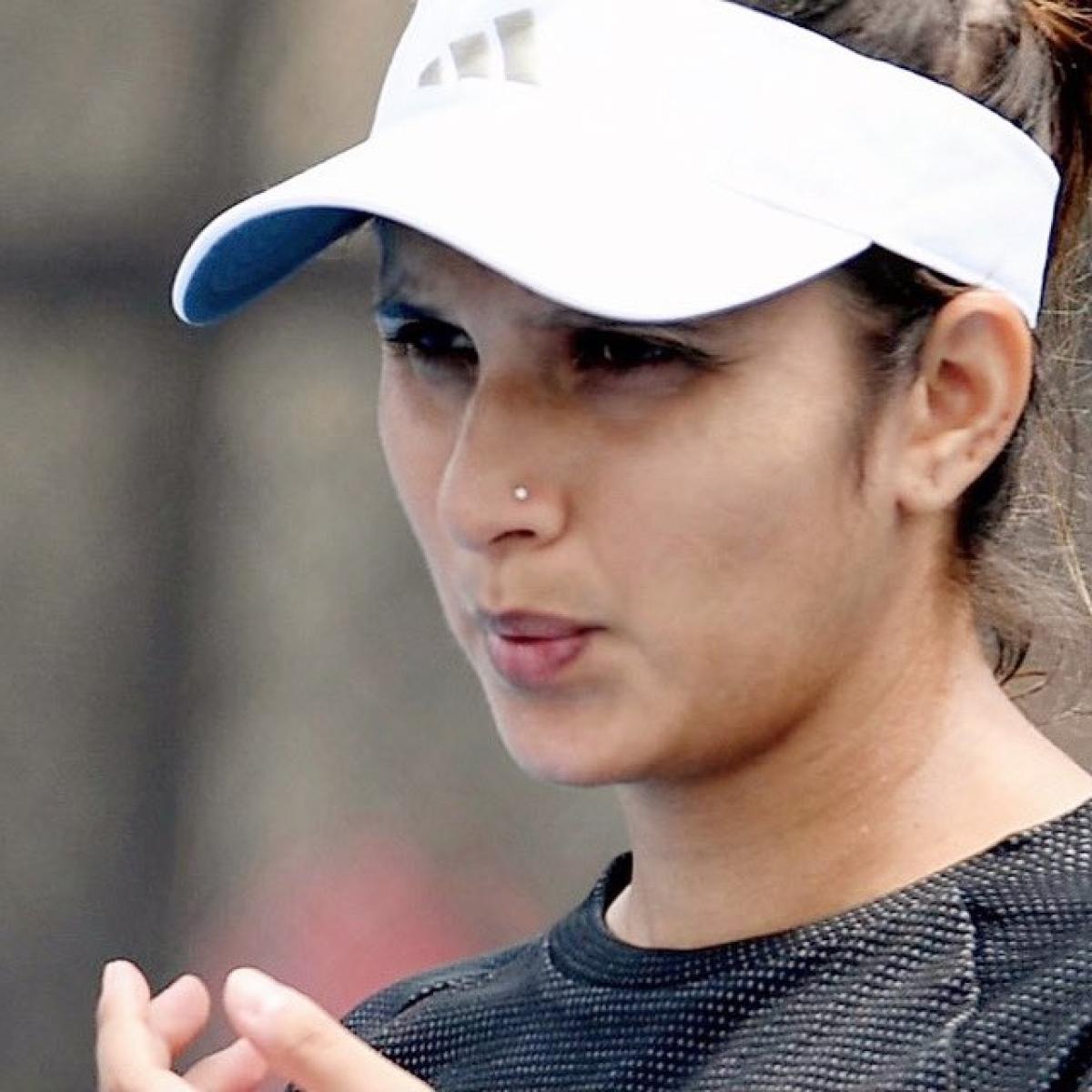 Australia Open: Sania Mirza exits tournament after calf injury