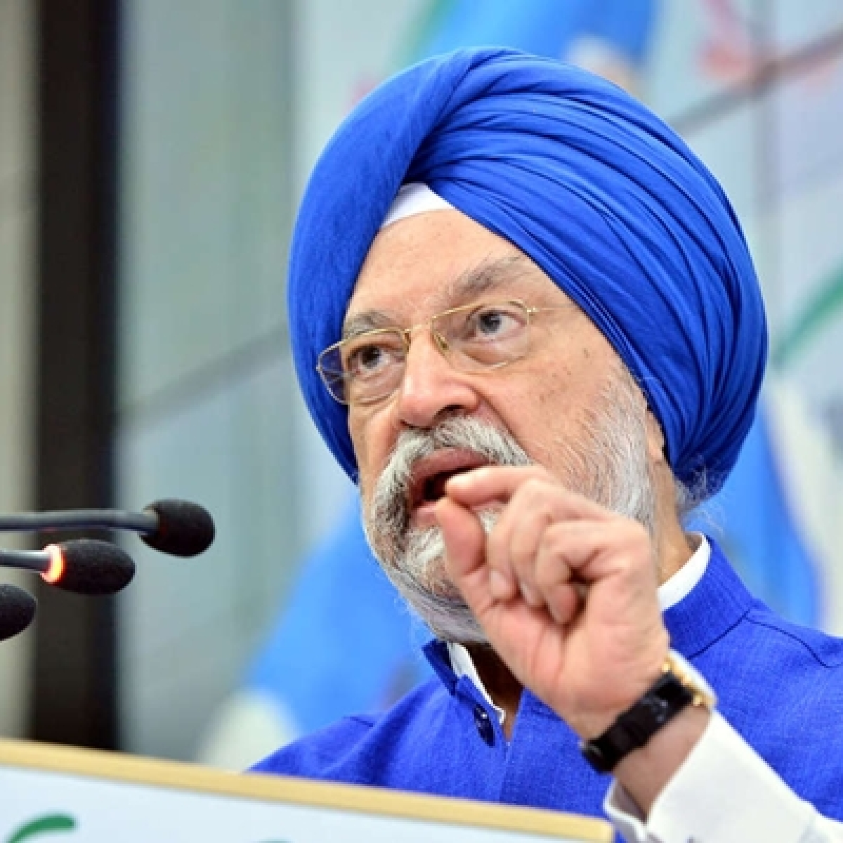 Flight services to resume from Monday for all states except West Bengal and Andhra Pradesh, says Hardeep Singh Puri
