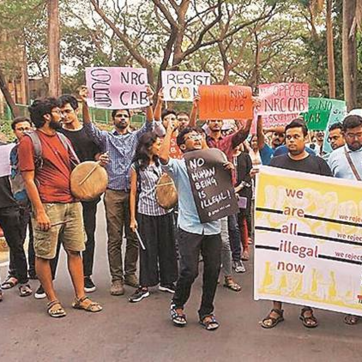"""Students of IIT Bombay receive warning on """"anti-national activities"""""""
