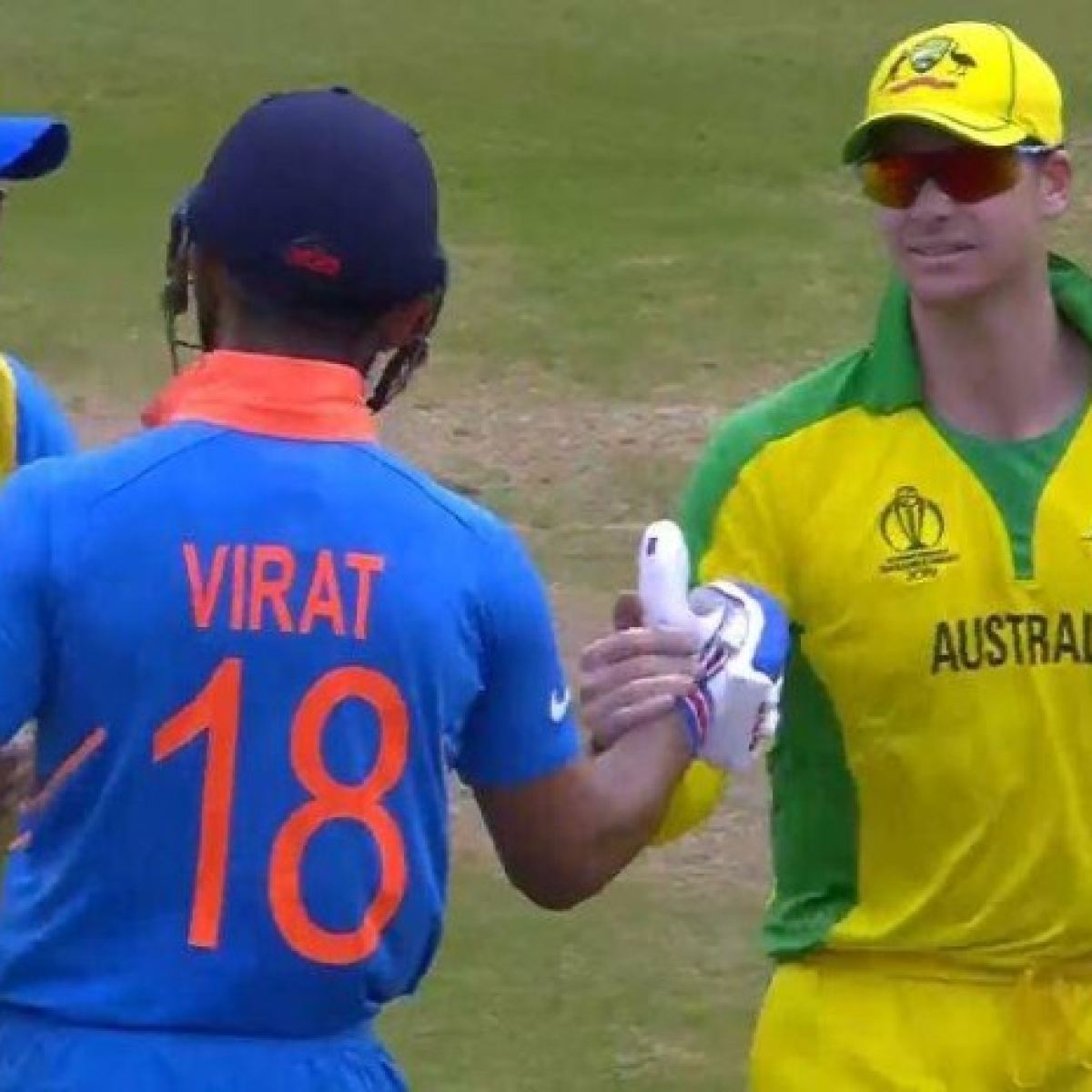 Steve Waugh tells Aussies to avoid sledging Virat Kohli