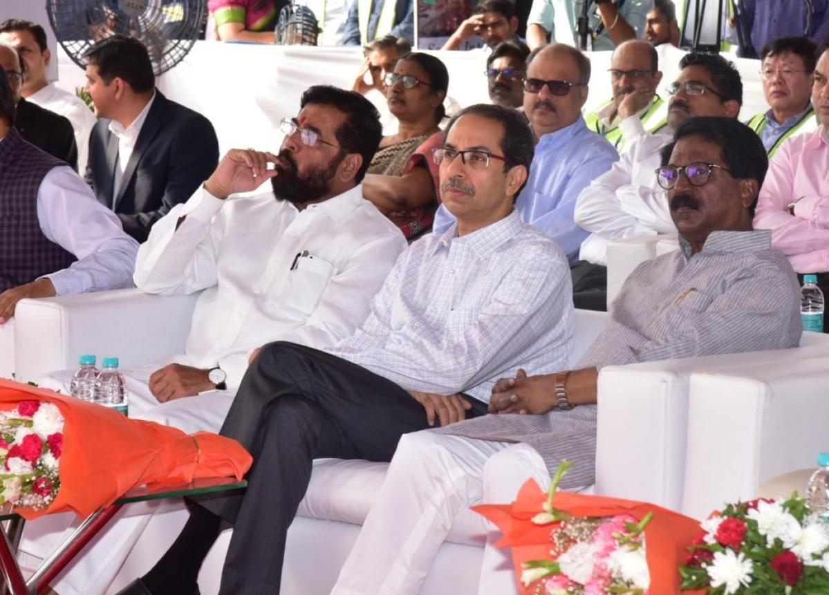 MVA transfers DGIPR Brijesh Singh, AMC Pravin Darade and 20 others in a major reshuffle