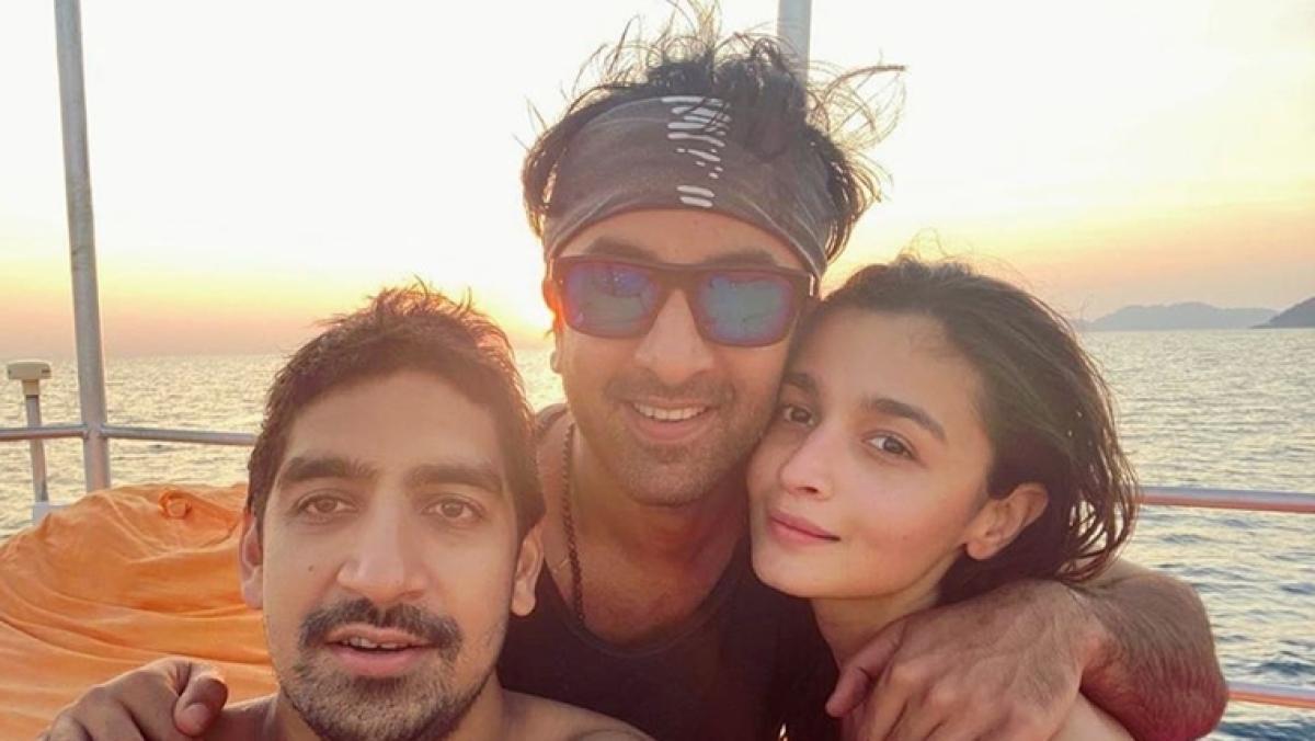 Alia Bhatt shares her exotic New Year selfie with Ranbir Kapoor and Ayan Mukerji