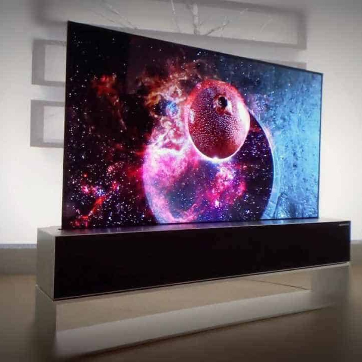 LG's rollable TV could go on sale as early as H1 2020