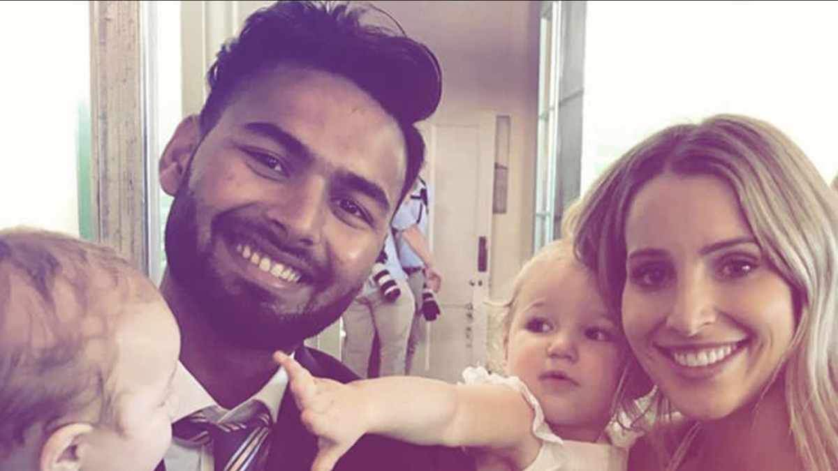 Rishabh Pant with Tim Painje's wife (Bonnie) and kids in 2019.