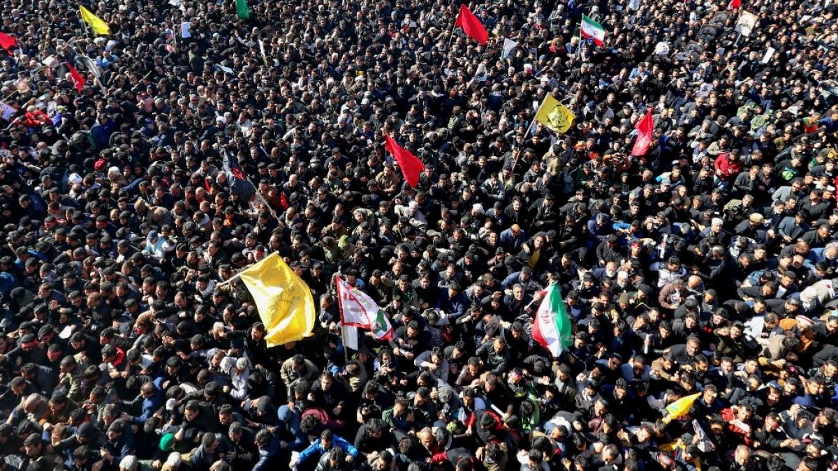 Stampede kills 40 at Soleimani's funeral