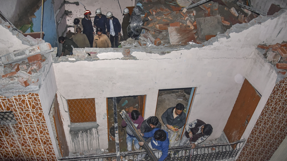 Five killed after building collapses in Delhi's Bhajanpura area