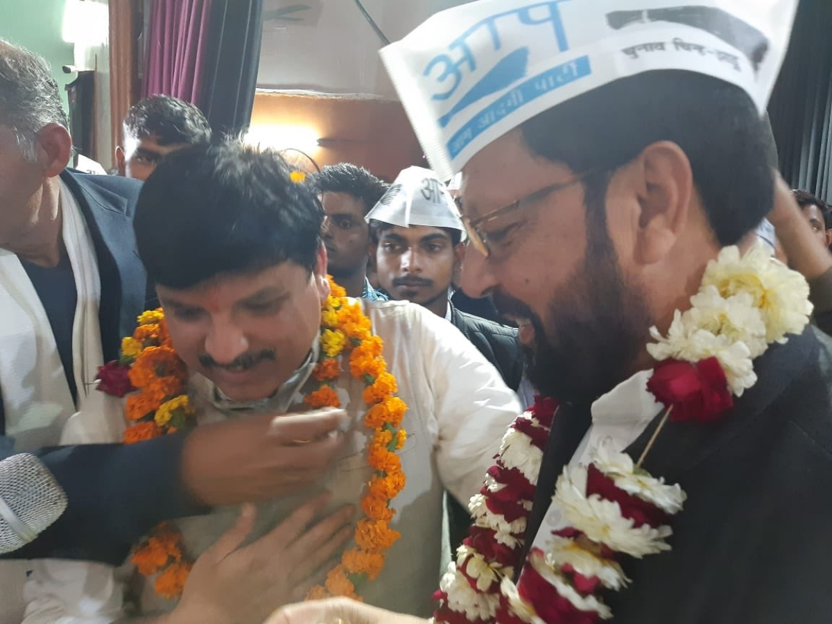 Former state president of Youth Congress, Nadeem Ashraf Jaisi joins Aam Aadmi Party.