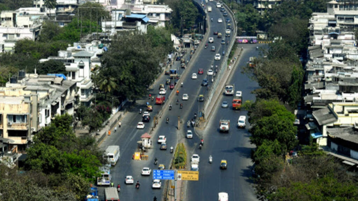 Mumbai Traffic: Sion flyover opens; users vent ire on social media