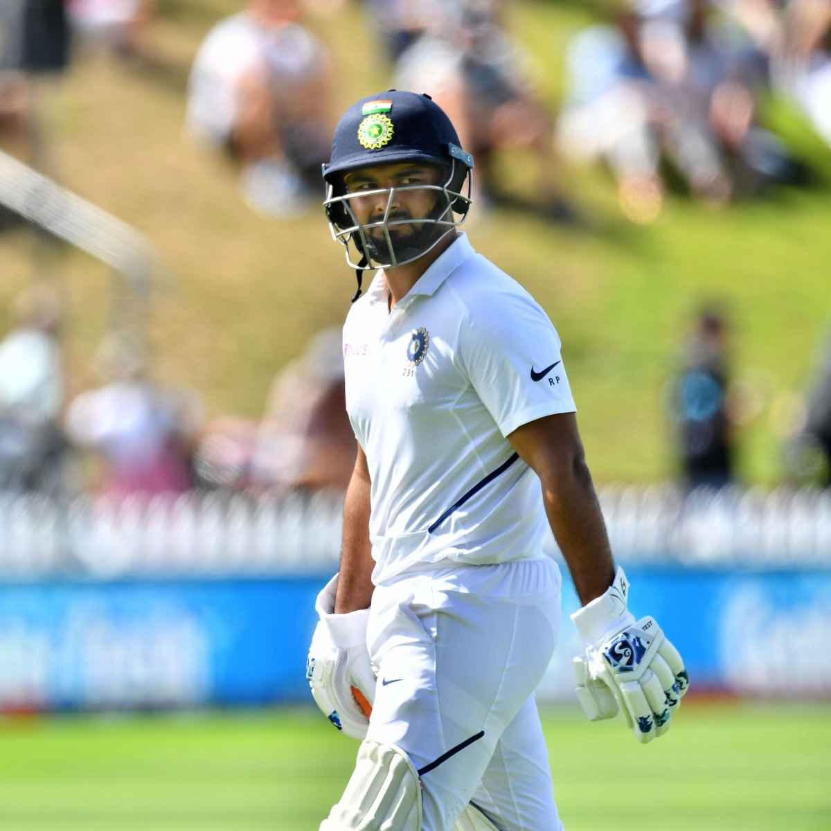 'Always finds new ways to get out': Twitter trolls Rishabh Pant after dismal show against New Zealand