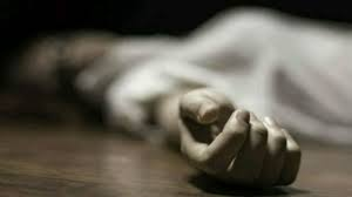Man kills wife for taunting him on waking up late