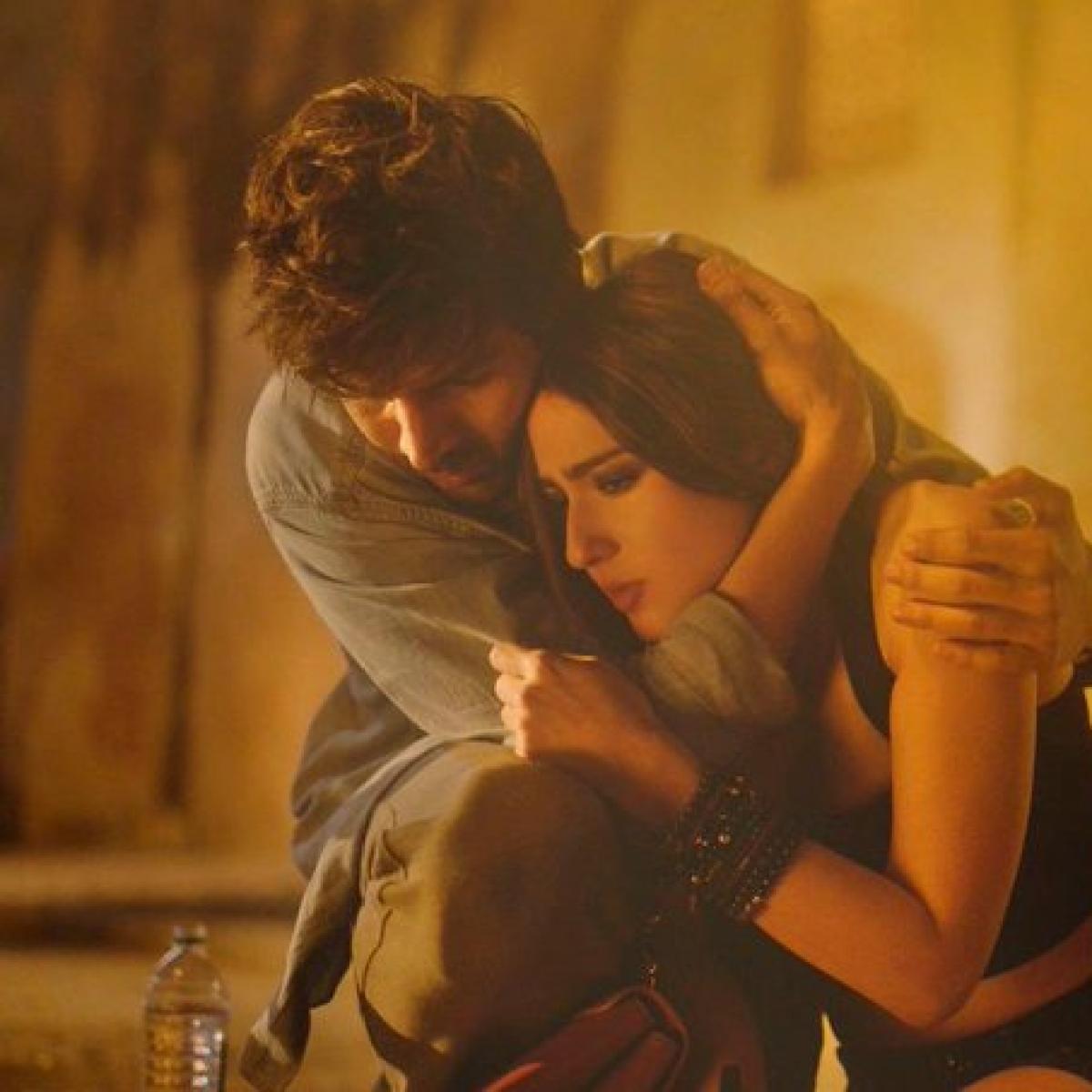 Kartik-Sara's 'Love Aaj Kal' to be the first film to get post-midnight shows in Mumbai