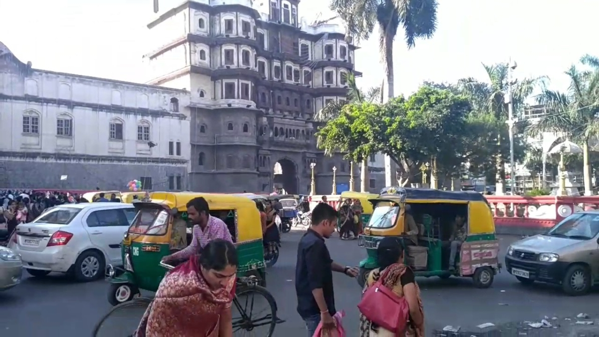 Indore: Rajwada to be no-vehicle zone, says PS Sanjay Dubey