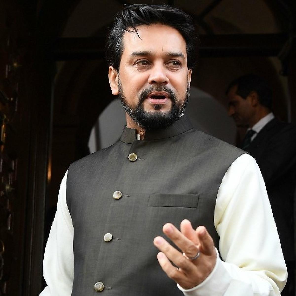 Irate Congress MPs shut up Anurag Thakur