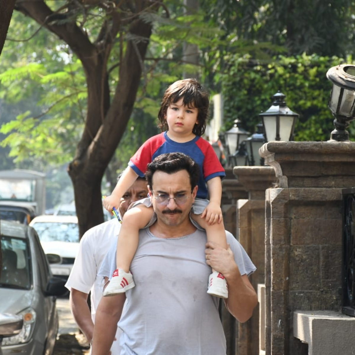 'He is currently on the potty': Saif explains why Taimur can't wave goodbye to news anchor!