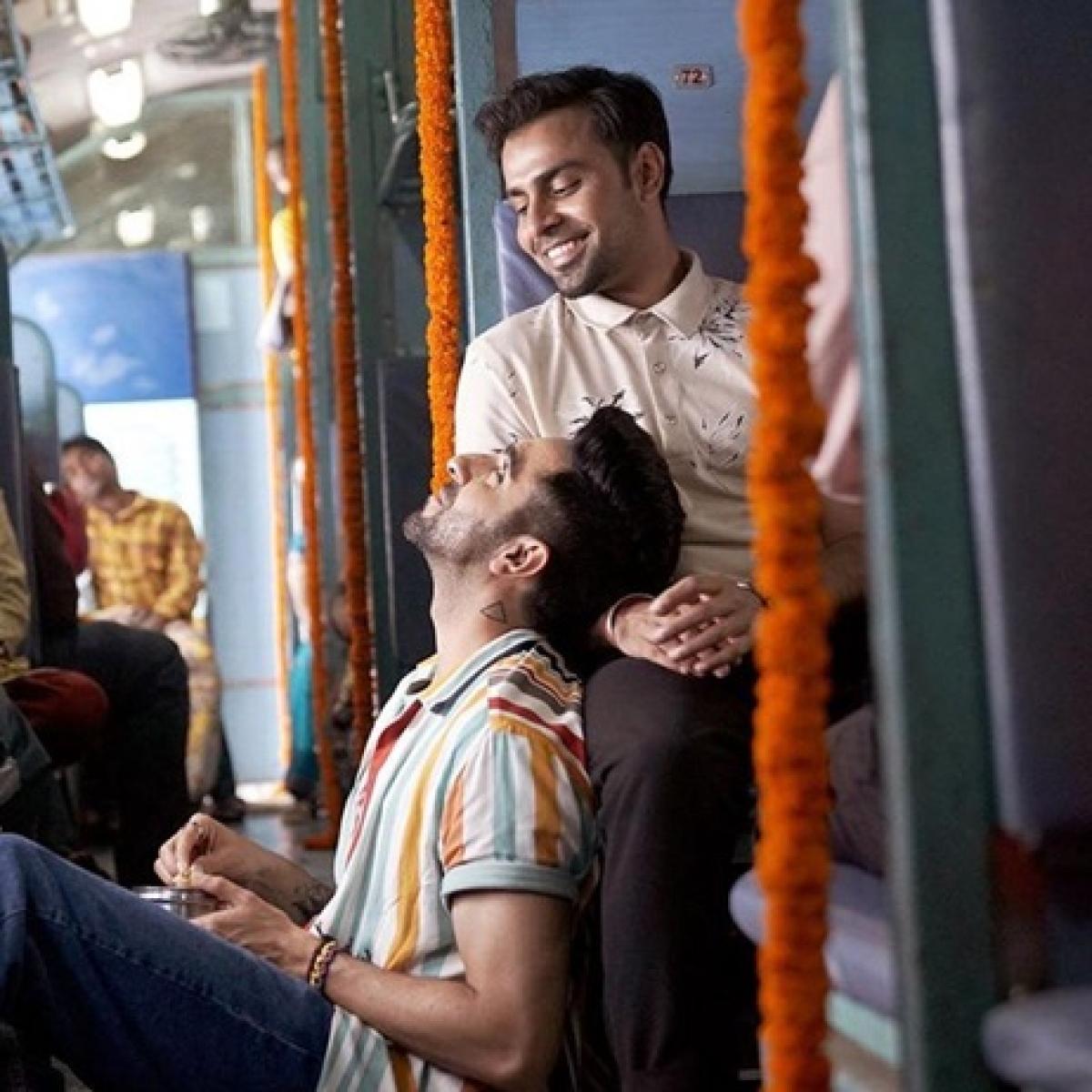 Ayushmann Khuranna's 'SMZS' beats Vicky Kaushal's 'Bhoot...' at box office on Day 1