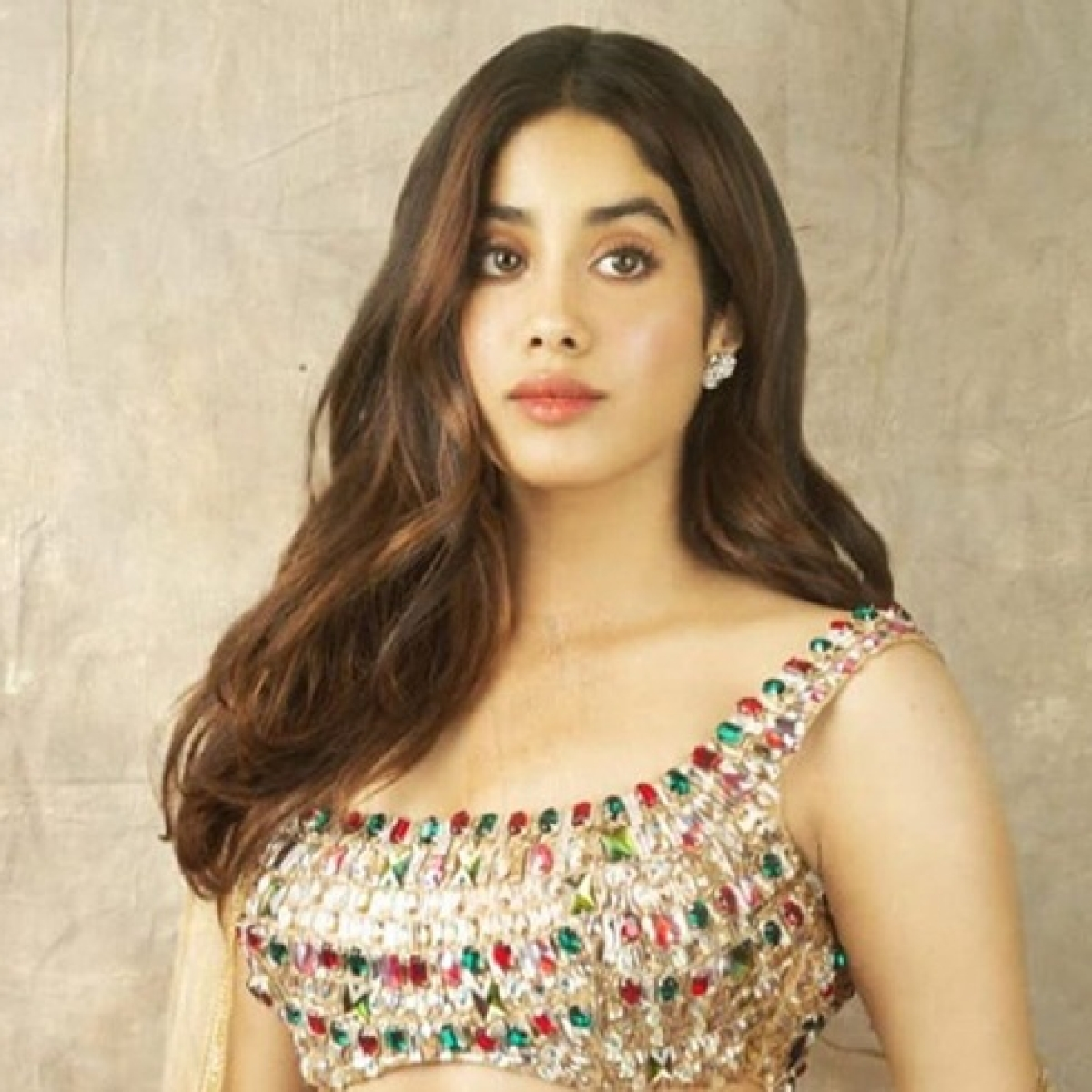 Watch: Janhvi Kapoor's scintillating dance performance is reminding the internet of Sridevi