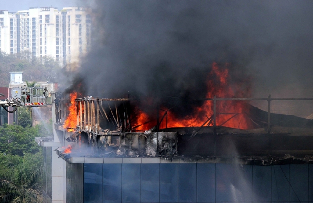 Mumbai: Massive fire in commercial building housing offices of Rolta