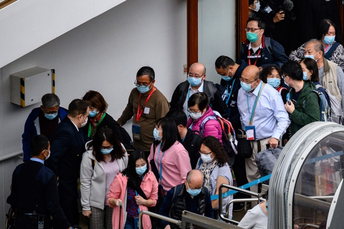 Coronavirus update: Thousands on cruise liner freed after test
