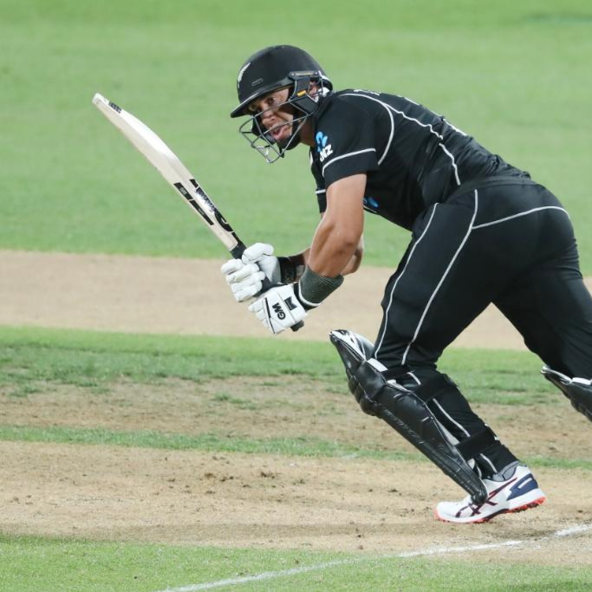 NZ vs IND 1st ODI: Centurion Ross Taylor guides Kiwis to 4-wicket win over Men in Blue