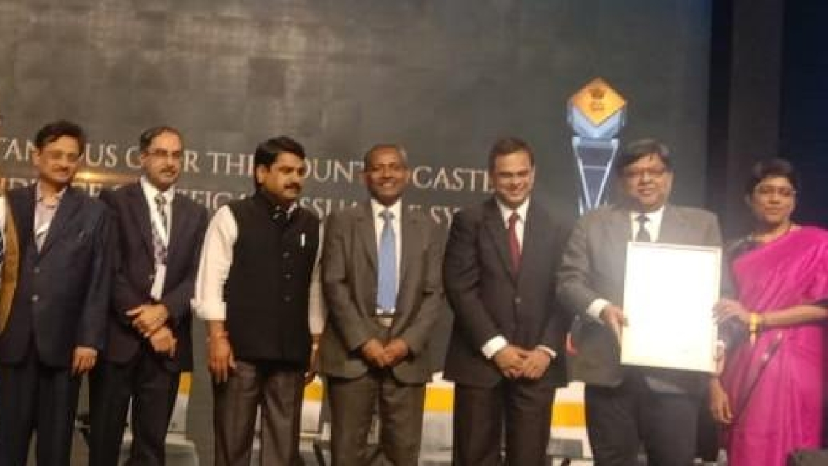 Ministry Of Railways bags Silver Trophy For ' Rail Madad' portal