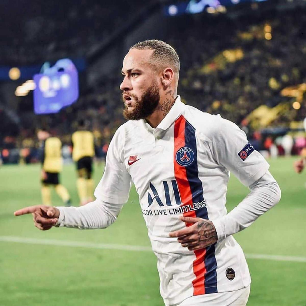 Paris Saint-Germain forward Neymar donates USD 1 million to curb coronavirus in Brazil