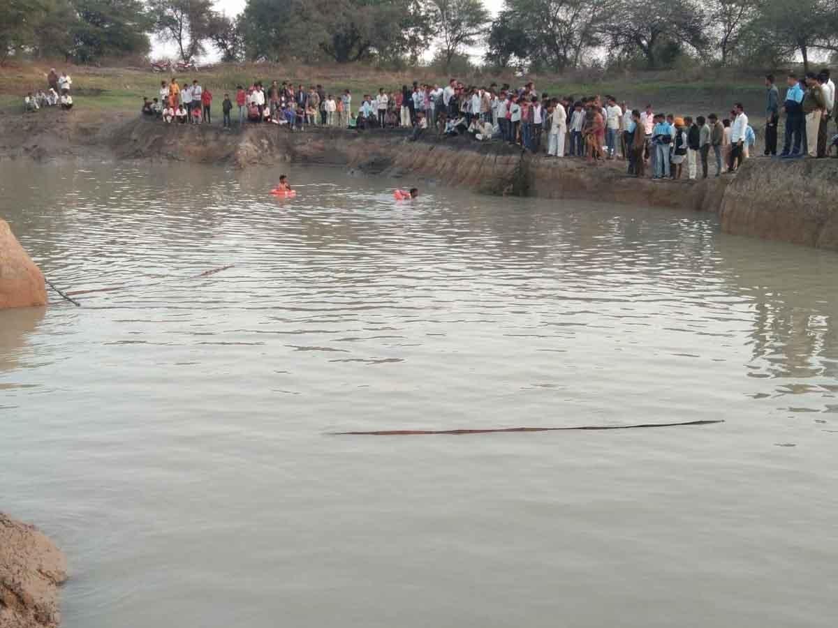 Madhya Pradesh: Body of teenager recovered from lake