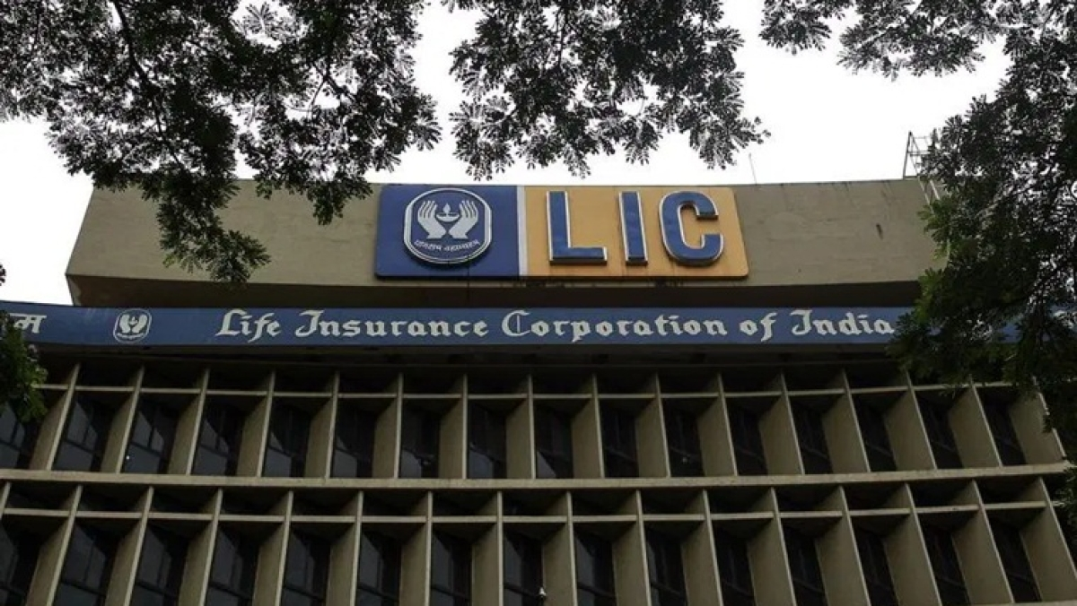 Amid coronavirus outbreak, LIC records highest number of policies in six years in FY20; settles over 2 crore claims