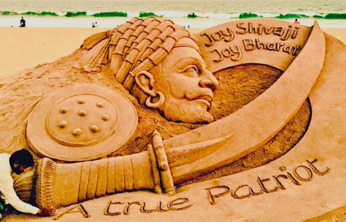 Jai Bhavani Jai Shivaji: Sand artist Sudarsan Pattnaik's tribute to Chhatrapati Shivaji Maharaj on his 390th birth anniversary