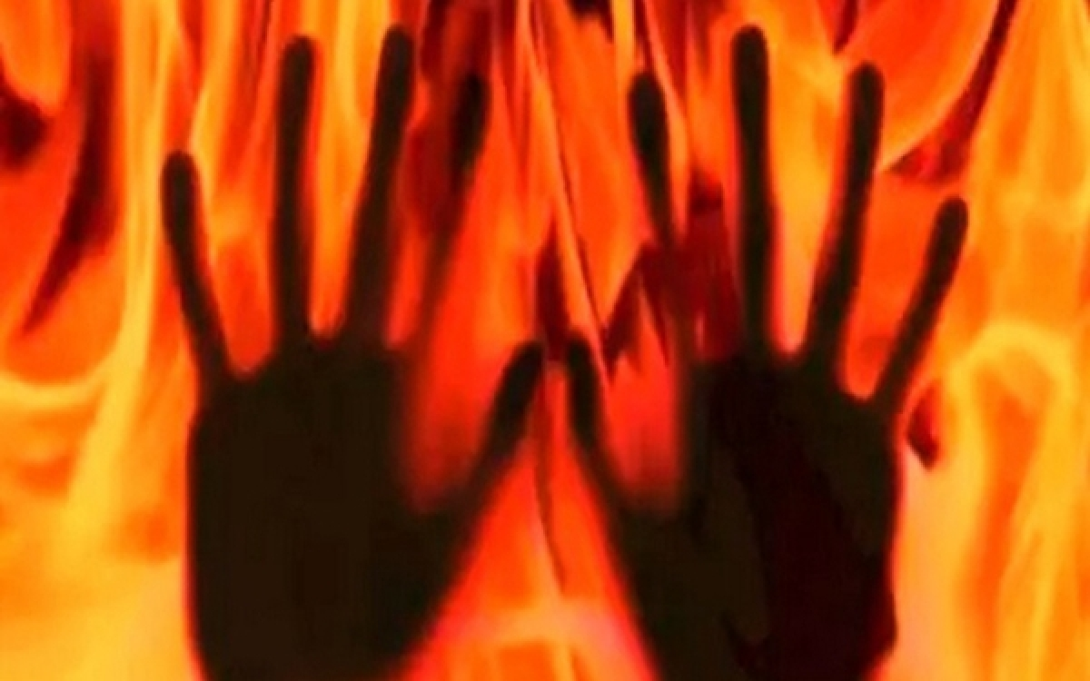 Maharashtra: 25-year-old woman lecturer set ablaze by stalker remains 'critical but stable'