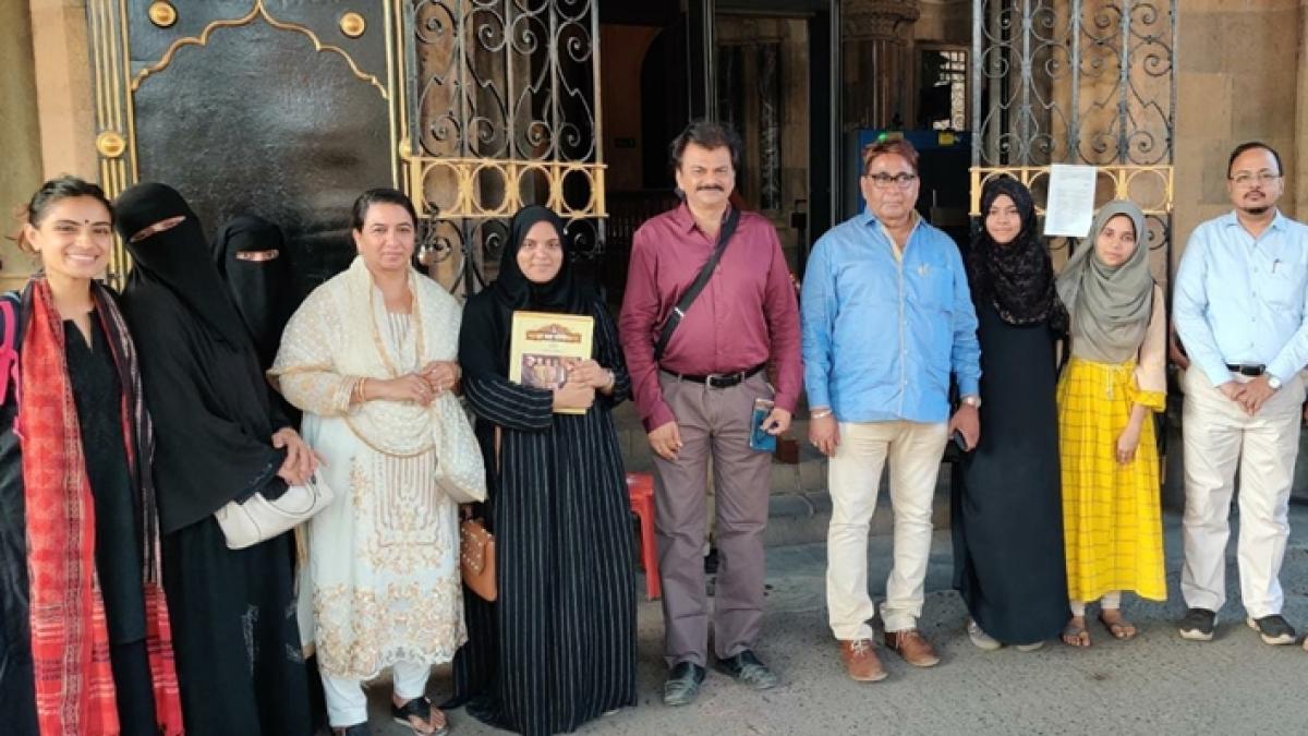 Mumbai Bagh delegation meets top NCP leaders