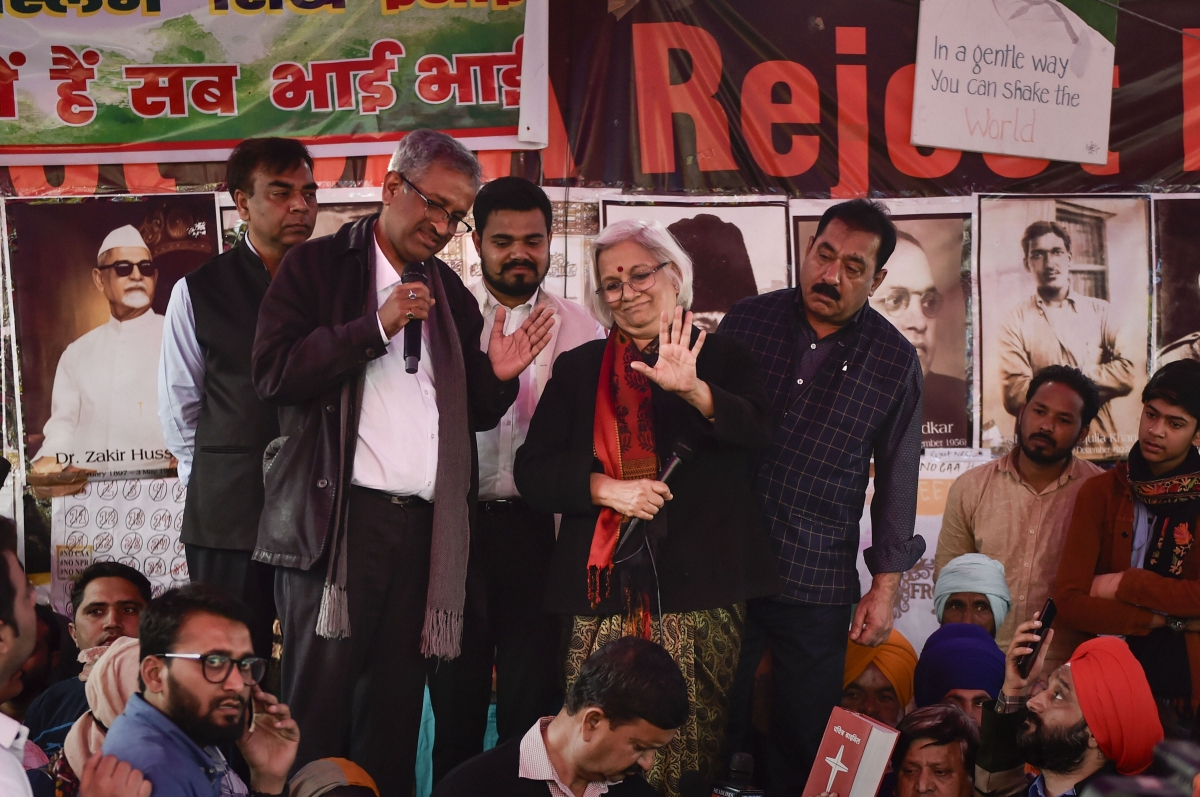 Supreme Court had appointed senior advocates -- Sanjay Hedge, Sadhana Ramachandran and former bureaucrat Wajahat Habibullah -- as interlocutors to talk to the Shaheen Bagh protesters