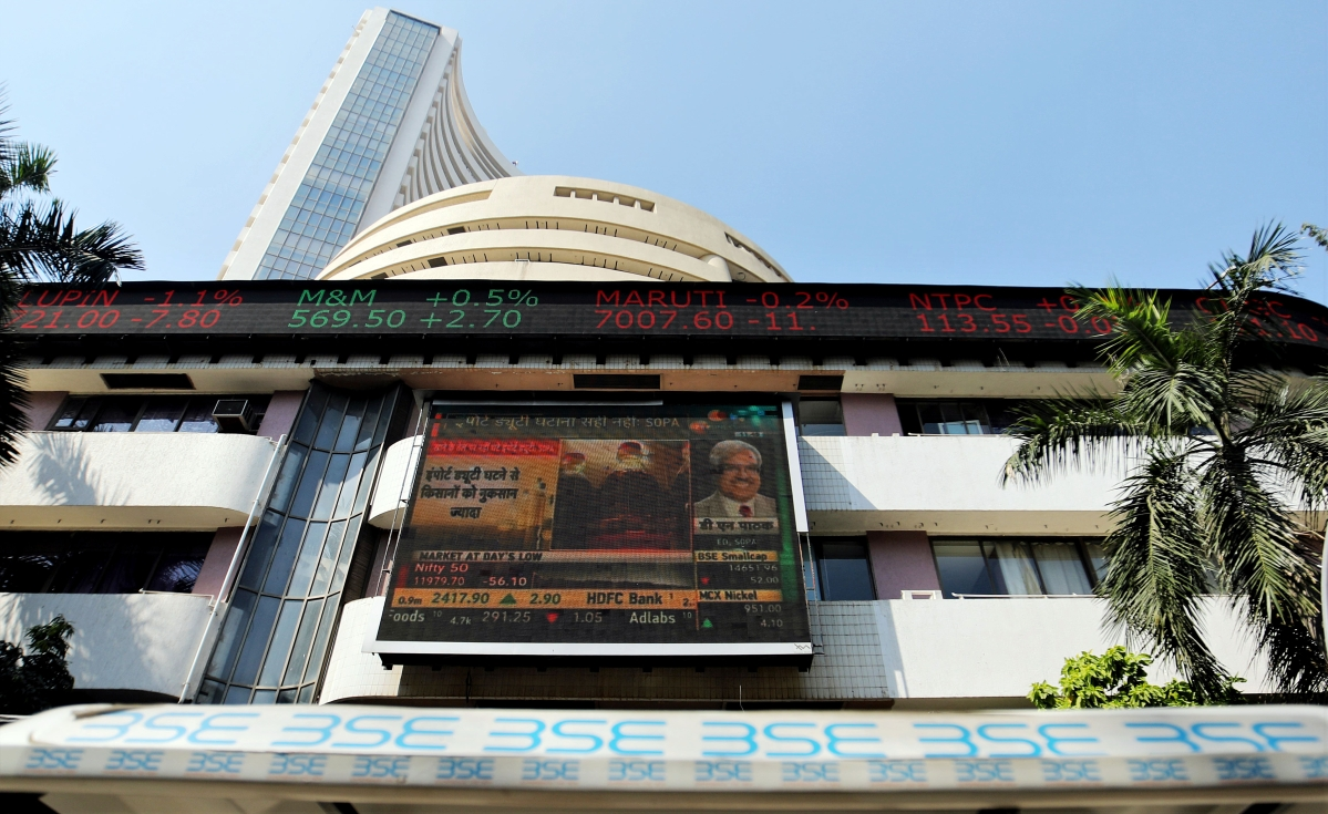 Market Update: Sensex recovers amid positive cues from global markets, jumps 500 points