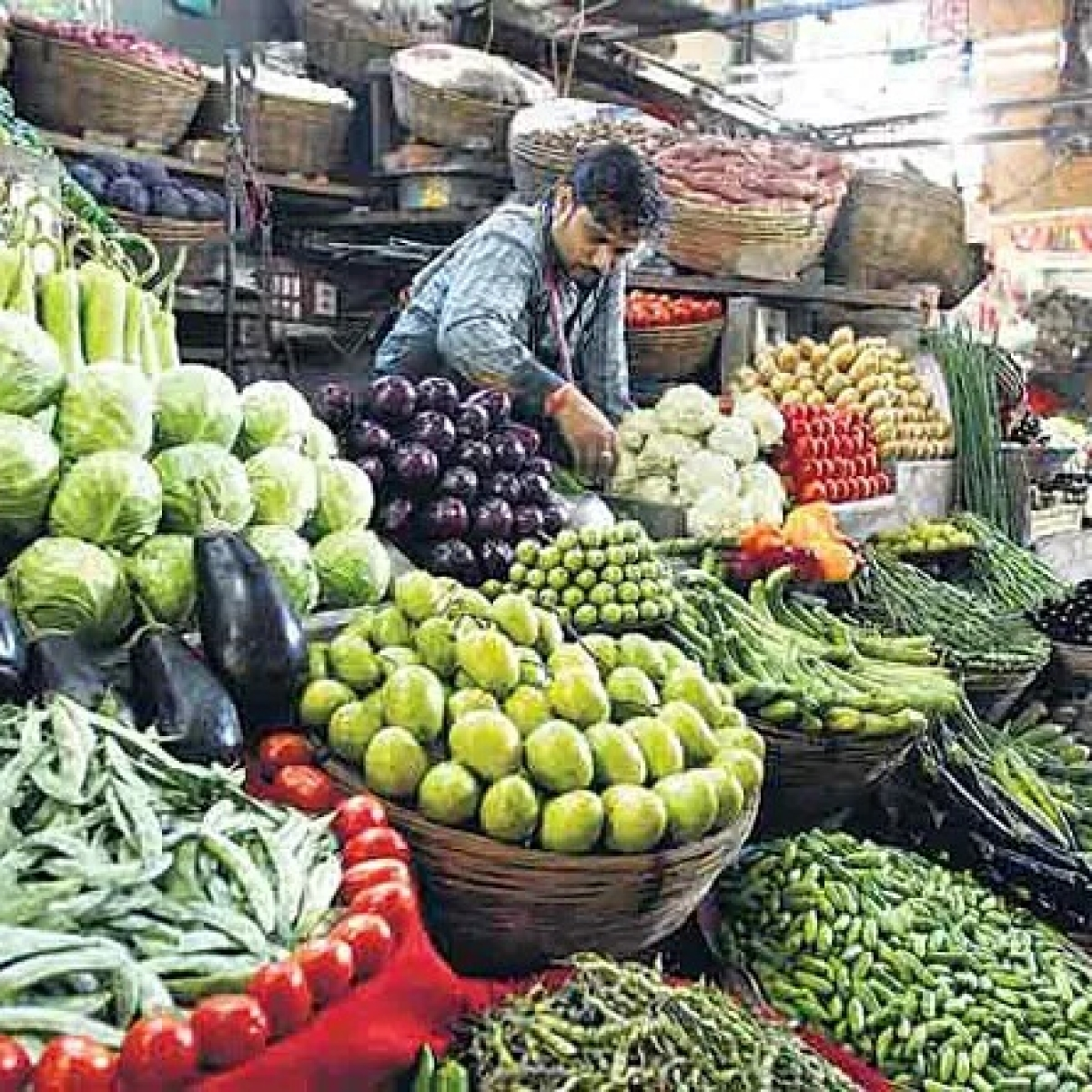 RBI sees retail inflation falling below 4% as Covid-19 threatens demand