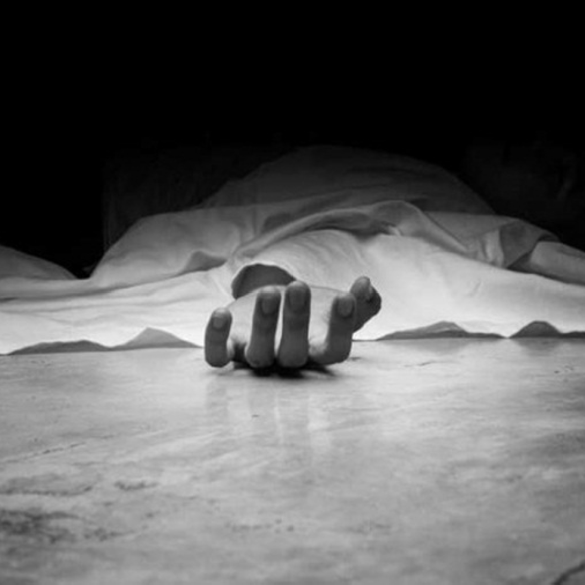49-year-old police constable killed after truck hits his bike in Navi Mumbai