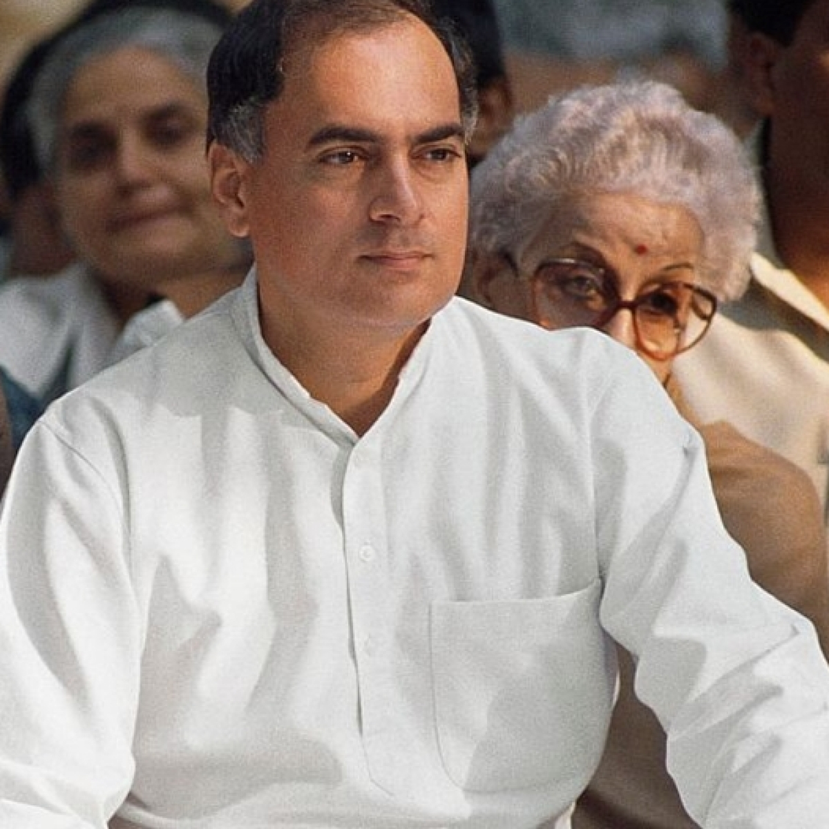 PM Modi, other leaders pay tributes to Rajiv Gandhi on his death anniversary