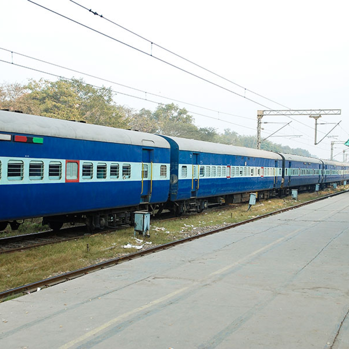 After Maharashtra prohibits inter-district travel, Railways to provide full refund for cancelled tickets for trains scheduled to run from June 1