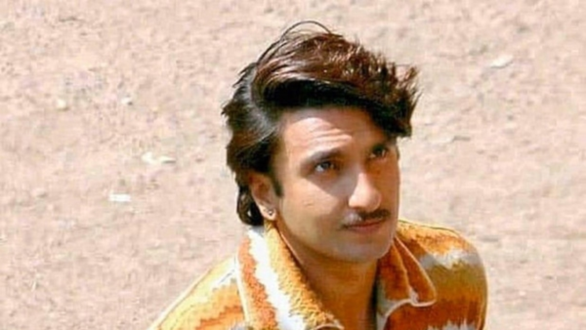 Leaked pictures of Ranveer Singh as a Gujarati man in 'Jayeshbhai Jordaar' surface online