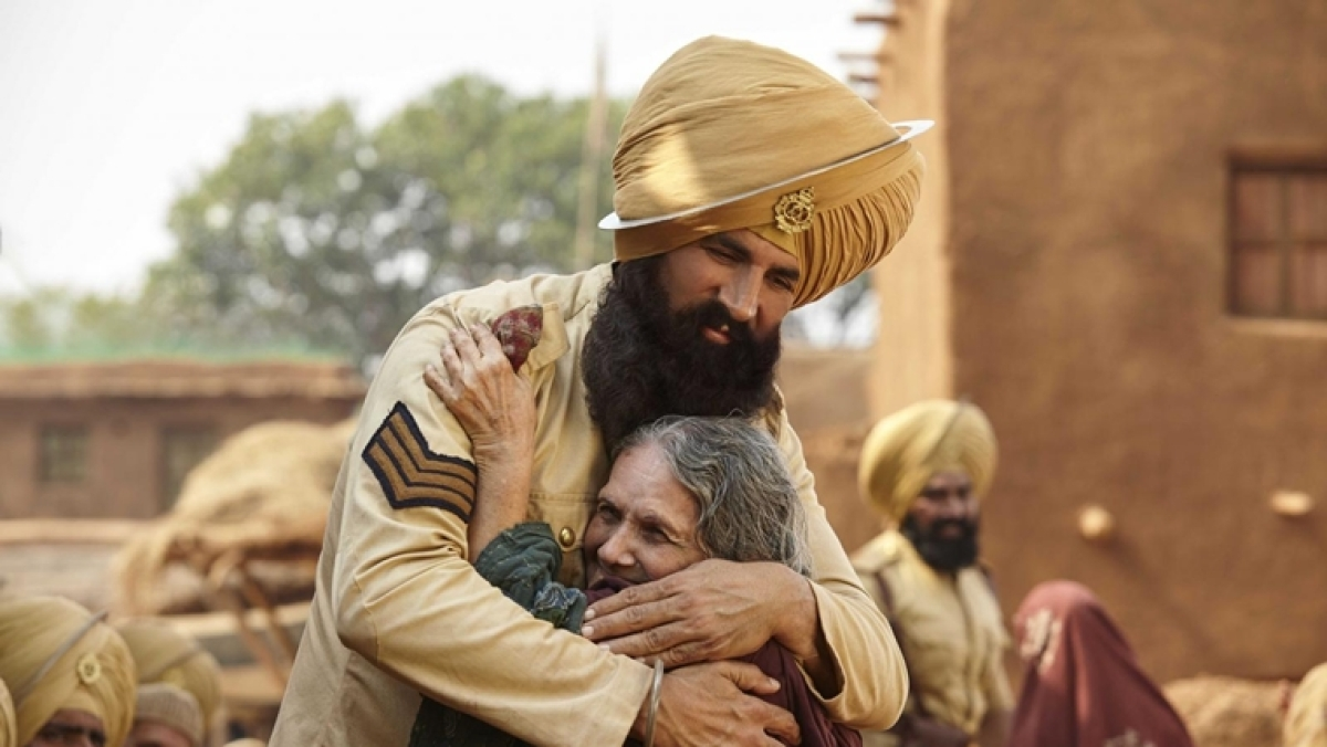 Akshay Kumar on Thursday announced the launch of a reprised version of the song 'Teri Mitti', as an act to pay tribute to the 'real heroes'.