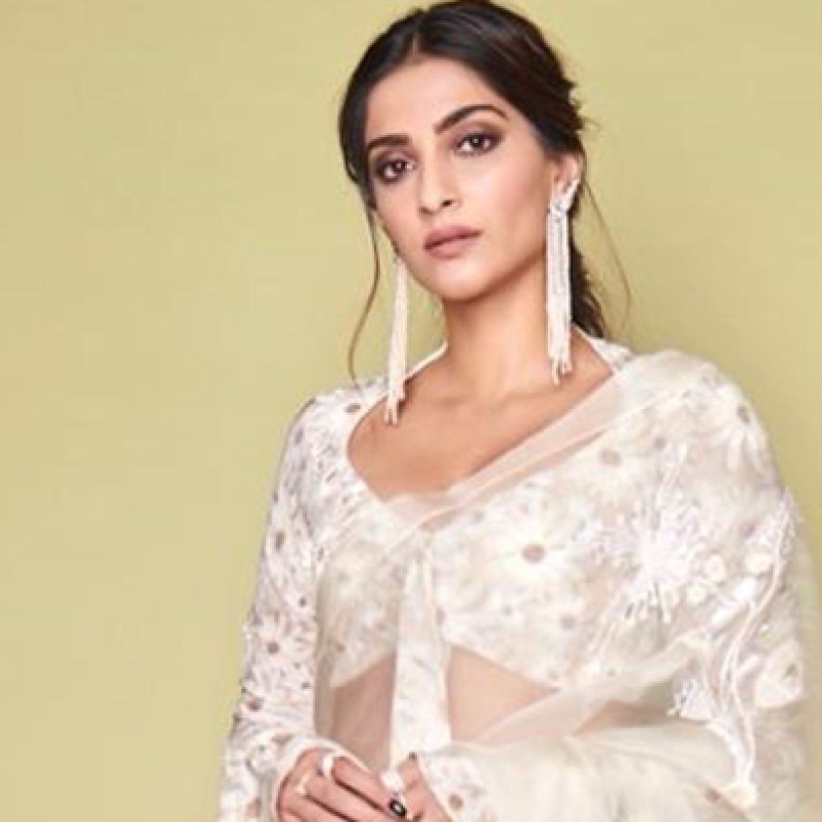 'You cannot beat this when it comes to being stupid': Sonam Kapoor trolled for tweeting sun is 'light years away'