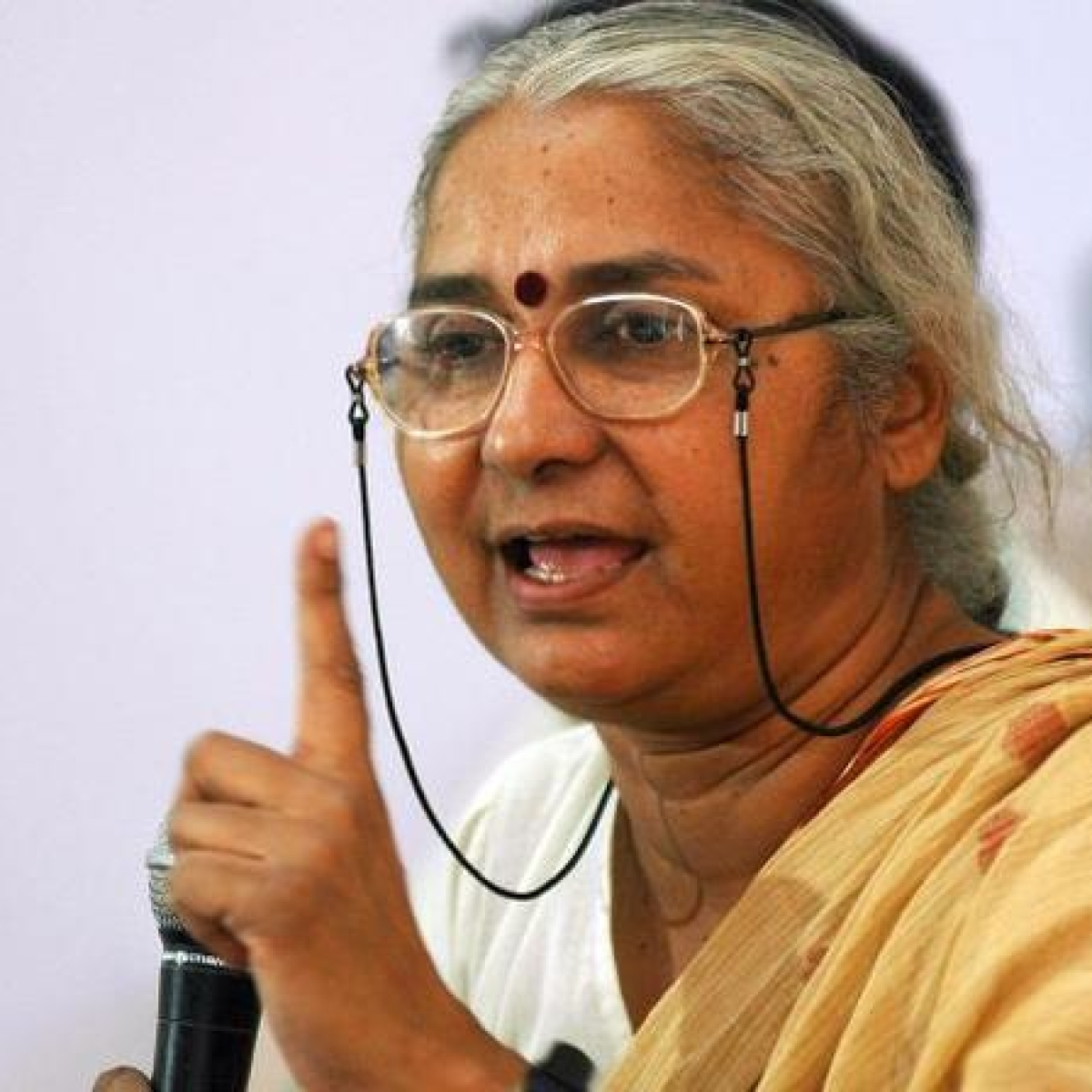 Medha Patkar claims Maha govt supplied food, water to Shramik train passengers, not Centre