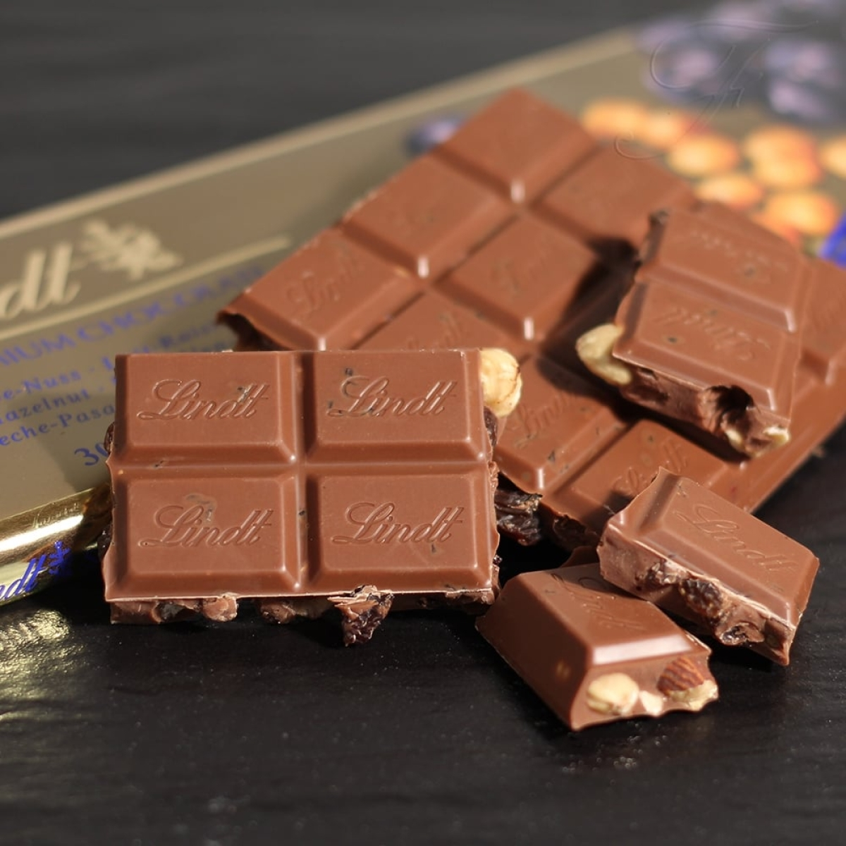 Chocolate Day Today: Have ageless choco bar with bar
