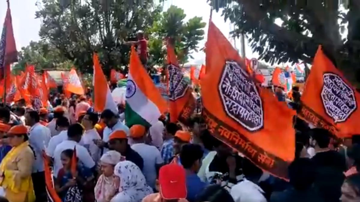 Over 100,000 people join Raj Thackeray-led Mumbai rally to demand ouster of Pakistani-Bangladeshi infiltrators