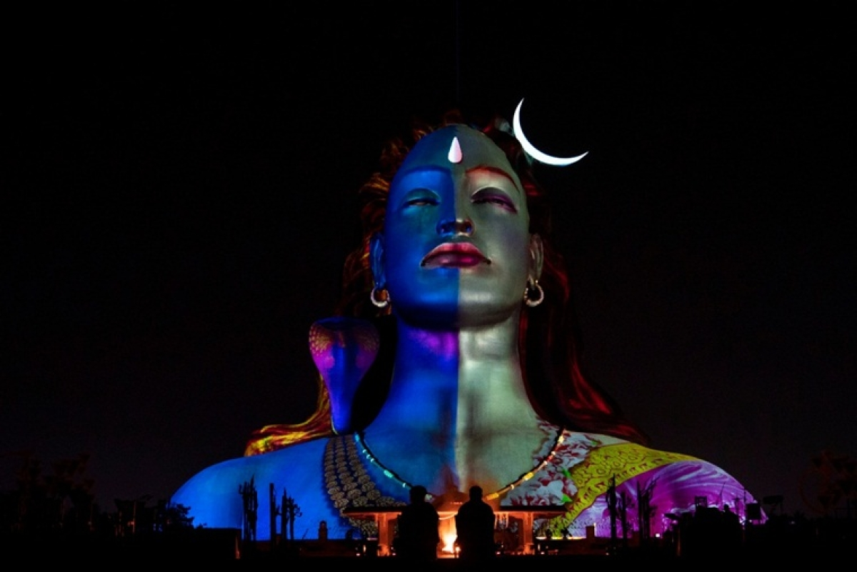 Mahashivratri 2020: How Isha Foundation's #DontYawnTillDawn challenge inspired youth