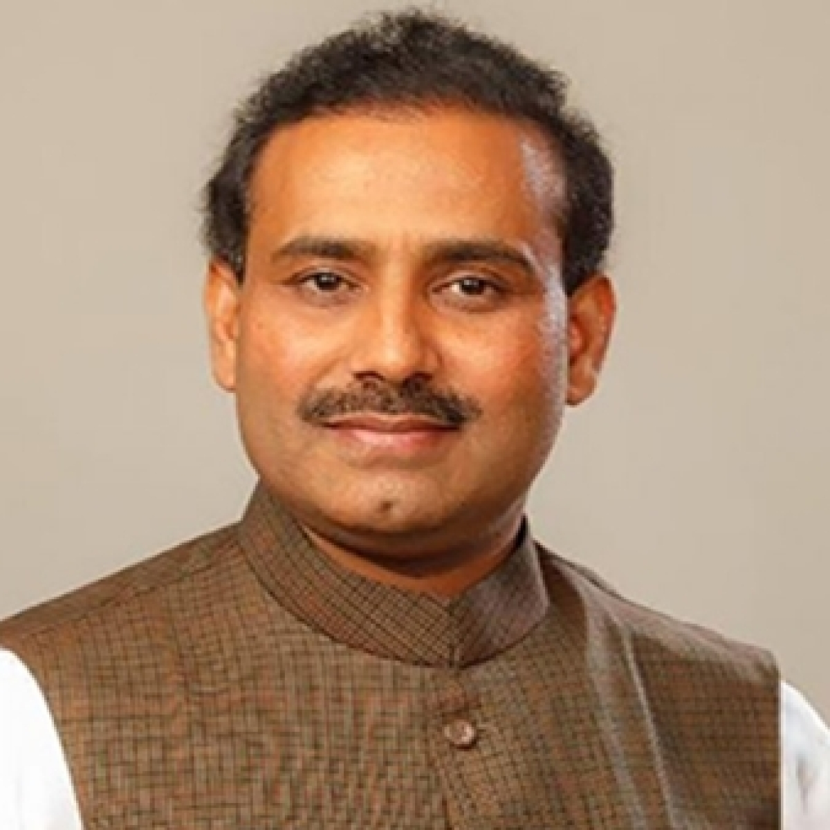 913 vacant posts of doctors in Maharashtra: Health Minister Rajesh Tope