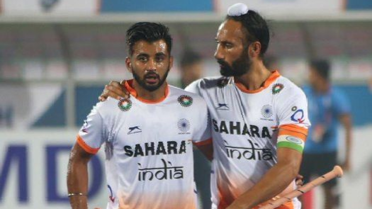 Manpreet Singh becomes first Indian to bagFIH 'Player of the Year' award