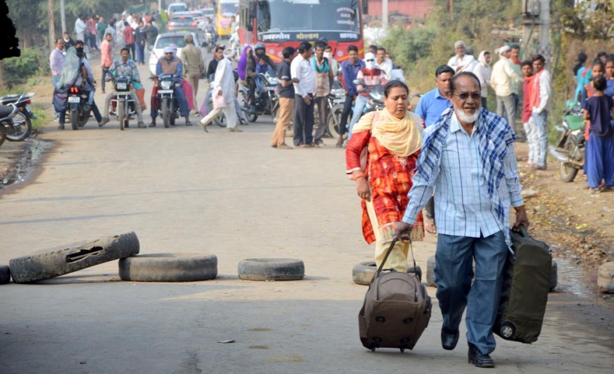 Madhya Pradesh: Villagers stage chakka jam after truck runs over man