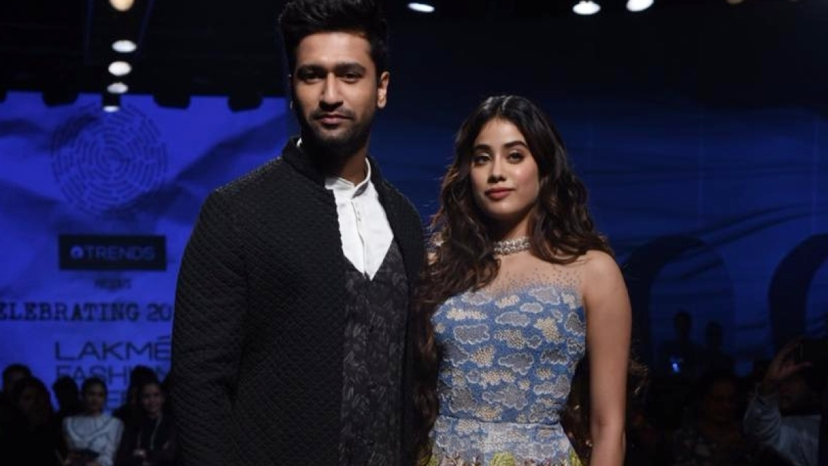 Janhvi Kapoor and Vicky Kaushal set the ramp ablaze at Lakme Fashion Week Summer/Resort 2020